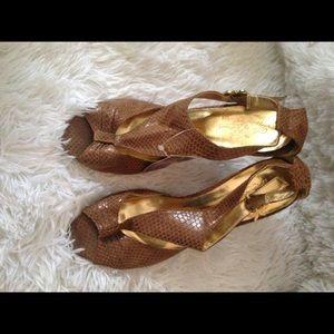 Apple bottom heels nwt size 8